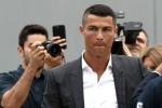 Ibunda Ronaldo Bantah Mendorong Anaknya Pindah ke MU