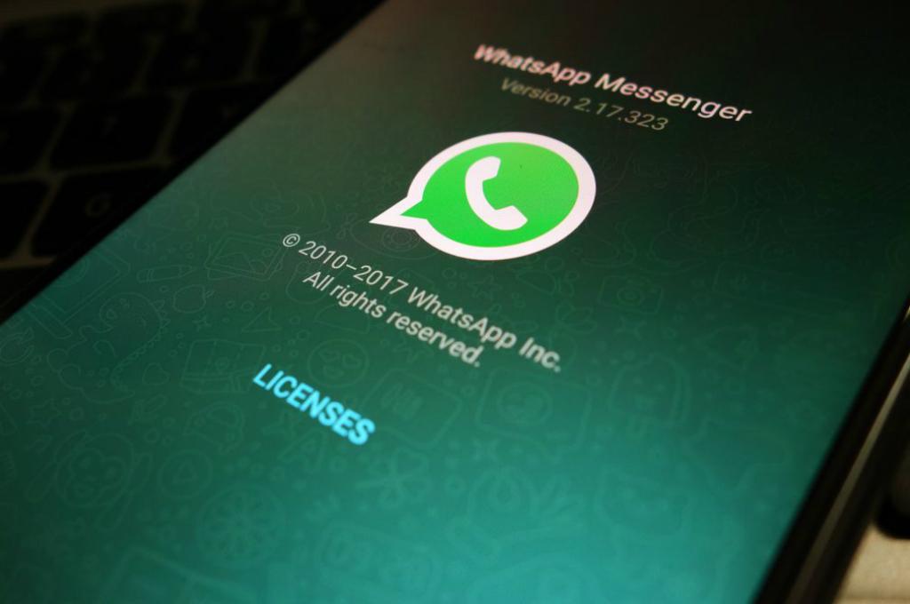 WhatsApp menyajikan preview fitur terbarunya, stiker, pada versi beta terbaru aplikasinya.