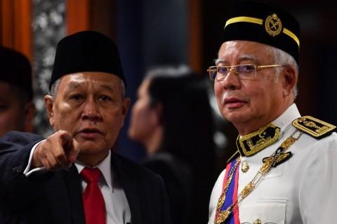Najib Pertanyakan Batalnya Proyek Kereta Cepat Malaysia