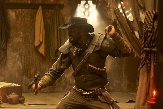 Ario Bayu dalam film Buffalo Boys (Foto: Screenplay Infinite Films)