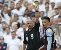 Spurs Goda Gelandang Aston Villa