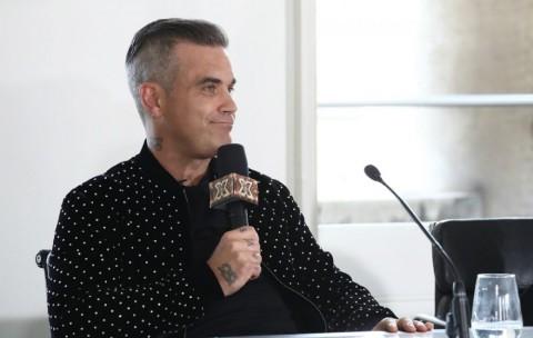 Robbie Williams dan Louis Tomlinson Jadi Juri X Factor Inggris