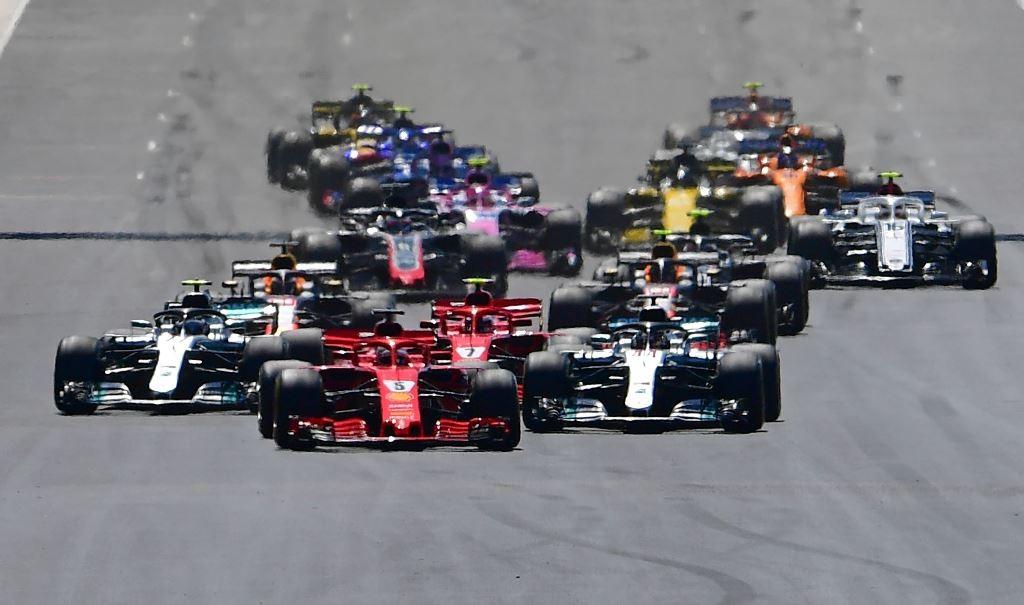 Suasana salah satu seri balapan F1GP 2018. (AFP PHOTO / Andrej ISAKOVIC)