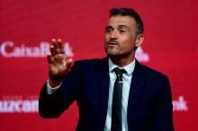 Enrique: Pique Bisa Menjadi Bagian Evolusi Sepak Bola Spanyol