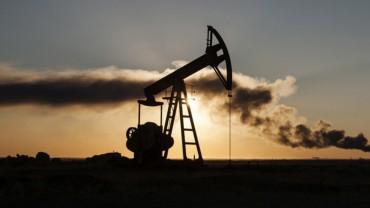 Harga Minyak yang Tinggi Ancam Masa Depan Sektor Keuangan