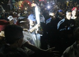 12 <i>Torch Bearer</i> dan 750 Atlet Antarkan Obor Asian Games ke Balai Kota Malang