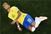 Neymar Ogah Mengubah Kebiasaannya