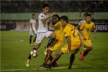 Arema FC Menang Besar di Palembang