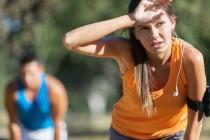 Olahraga saat Cuaca Panas Bisa Sebabkan Cedera Sendi