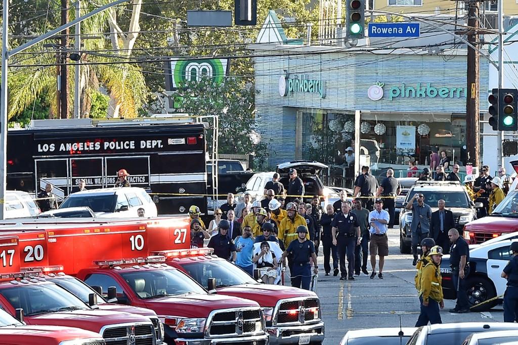 Satu Orang Tewas dalam Penyanderaan Swalayan di Los Angeles
