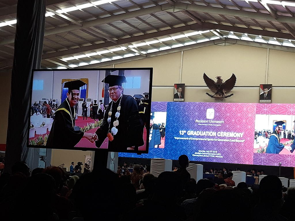 Suasana Wisuda ke-13 Mahasiswa President University, Medcom.id/Citra Larasati.