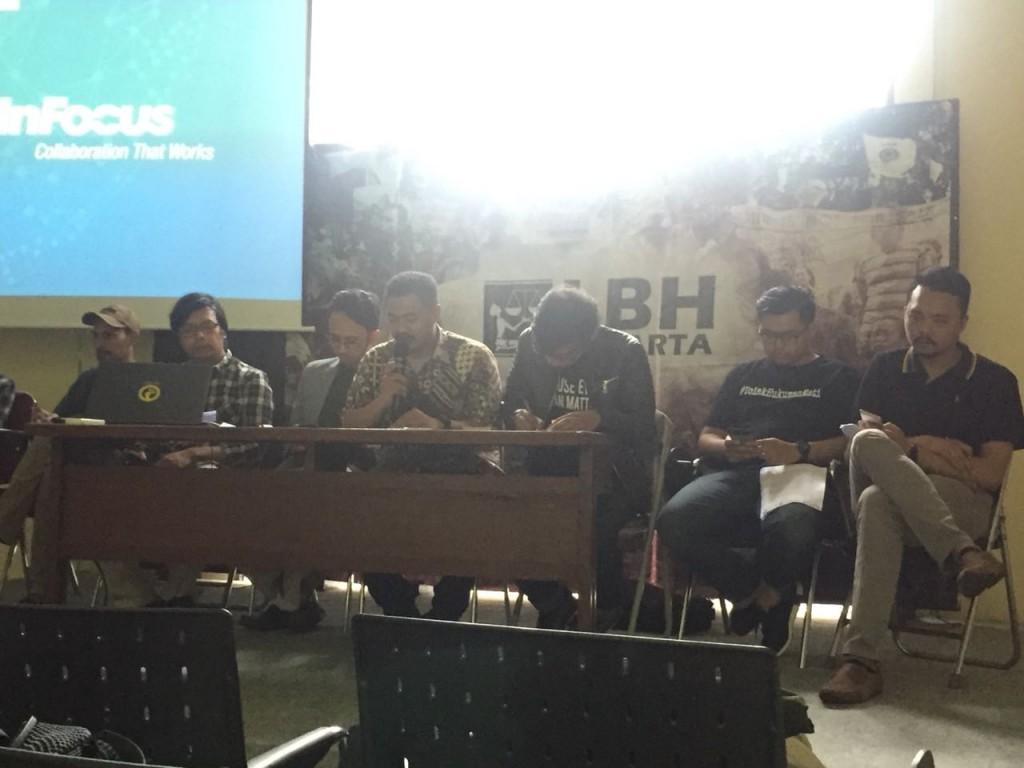 Peneliti ICJR Sustira Dirga (tengah) di Kantor LBH Jakarta, Menteng, Jakarta Pusat, Minggu, 22 Juli 2018. Foto: Dian Ihsan Siregar/Medcom.id