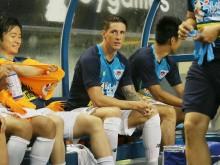 Debut Iniesta dan Torres Diwarnai Kekalahan