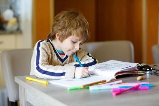 Tiga Kebiasaan Baik agar Anak Berprestasi di Sekolah