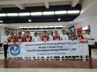 Siswa Indonesia Sabet 4 Perak di Olimpiade Biologi Internasional