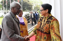 FM Retno Welcomes Ugandan Delegation