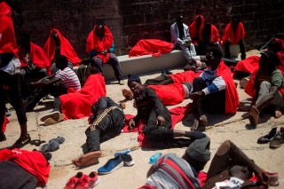 Spanyol Selamatkan 500 Imigran dari Laut Mediterania