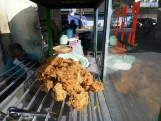 Penjual Olahan Ayam tak Naikkan Harga