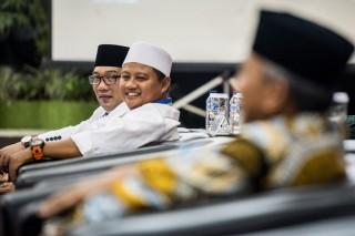 TB Hasanuddin Menolak Masuk Tim Besutan Emil