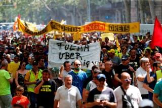 Uber Hentikan Layanan di Barcelona