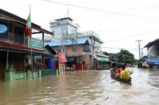 Banjir Paksa Ribuan Warga Myanmar Mengungsi dari Rumah