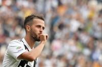 Dilirik Banyak Klub Top Eropa, Pjanic: Saya Nyaman di Juve