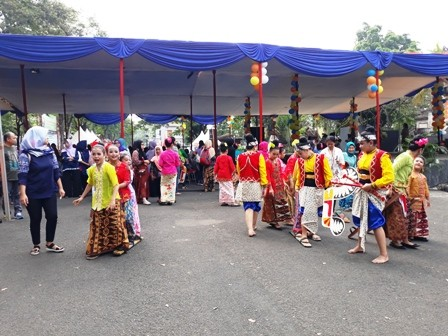 350 Anak Ramaikan Festival Dolanan Anak Nusantara