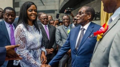 Mugabe Berikan Suara dalam Pemilu Usai Dilengserkan