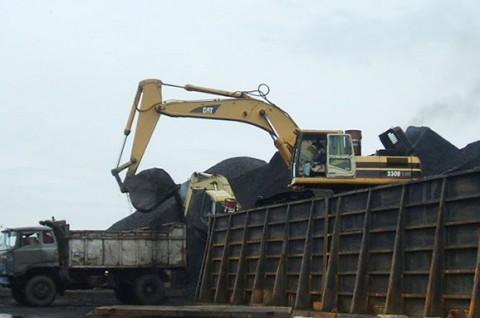 Pemerintah Diminta Hentikan Ekspor Batu Bara