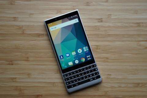 BlackBerry Cari 20 Orang untuk Jajal BlackBerry KEY2