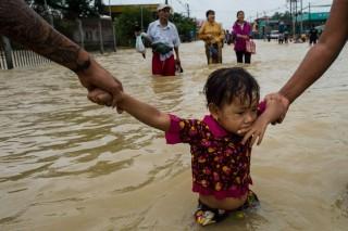 Banjir Myanmar, 10 Tewas dan 100 Ribu Orang Mengungsi