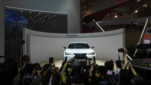 Sedan & SUV Baru Lexus untuk Konglomerat Indonesia