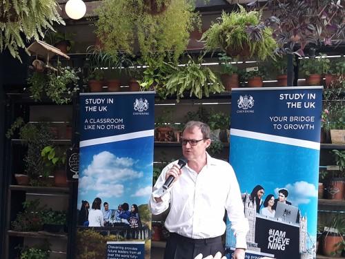 Wakil Duta Besar Inggris untuk Indonesia, Rob Fenn,