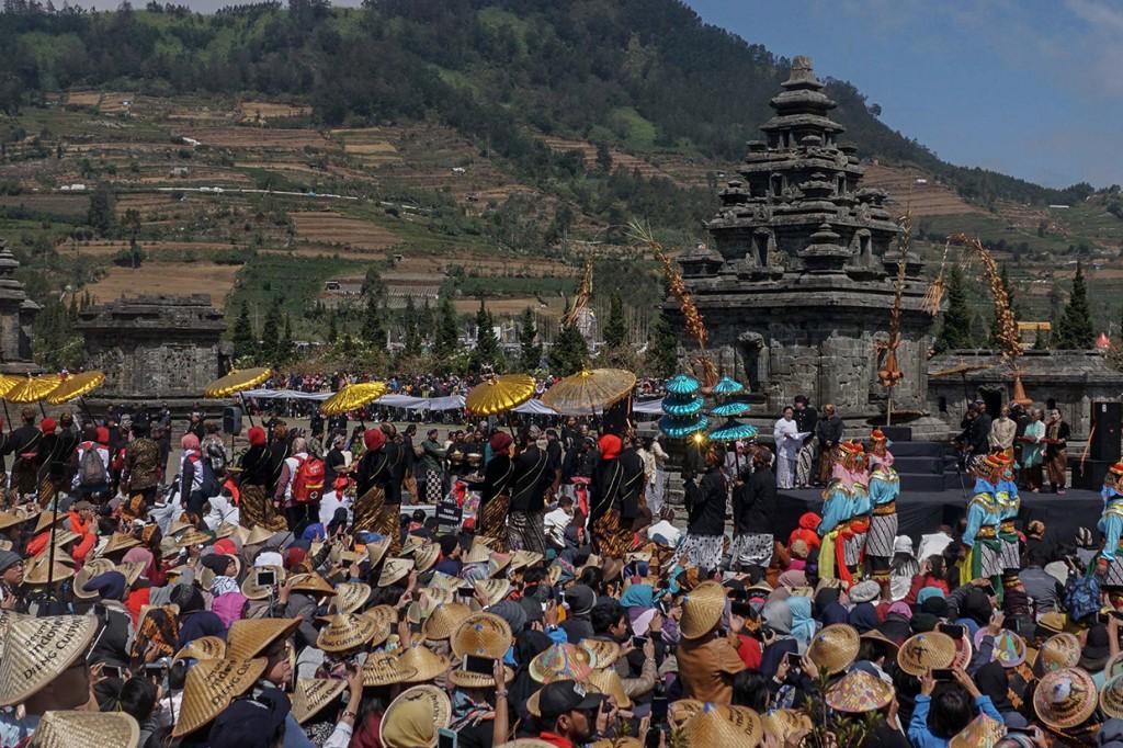 Festival Budaya Dieng Ditutup Ritual Potong Rambut Gimbal