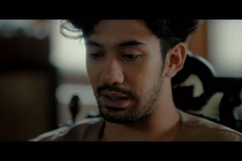 Reza Rahadian Beberkan Proyek Film Terbaru, Abracadabra