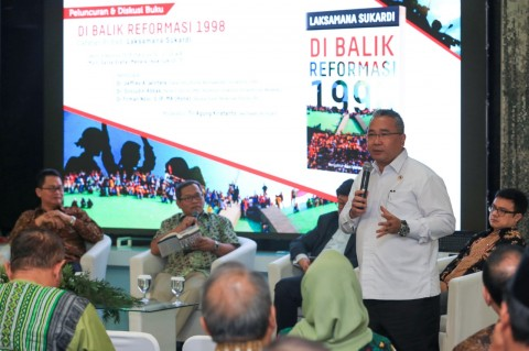 Mendes PDTT Sambut Peluncuran Buku Laksamana Sukardi
