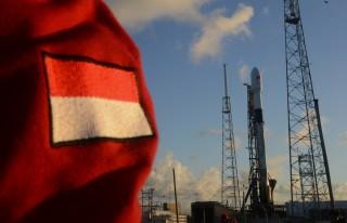 SpaceX Sukses Luncurkan Satelit Merah Putih Telkom