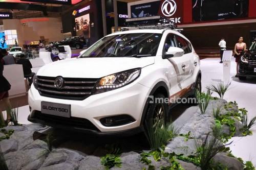 DFSK Glory 580, salah satu mobil di Indonesia yang dibekali