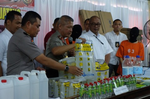 Polda Jateng Ungkap Pemalsuan Air Zam-zam