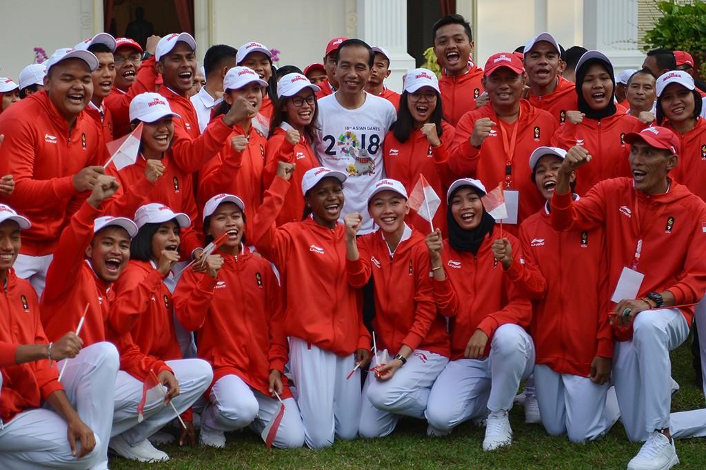 Jokowi Lepas Kontingen Indonesia untuk Asian Games