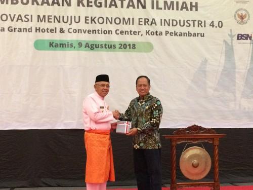 Menristekdikti, Mohamad Nasir dan Gubernur Riau, Arsyadjuliandi