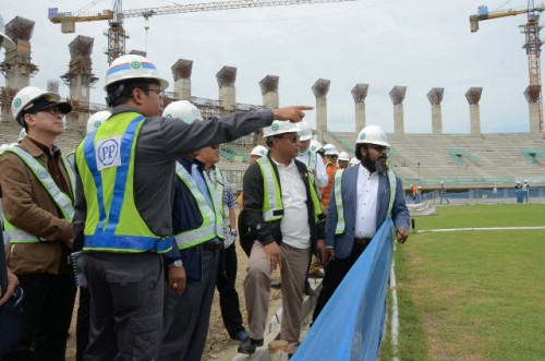 Komisi V meninjau Stadion Istora Papua Bangkit. (Foto: Dok. DPR)