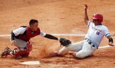KONI Sokong Peralatan Baru untuk Bisbol dan Sofbol