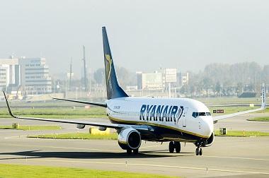Pesawat maskapai Ryanair. (Foto: AFP)