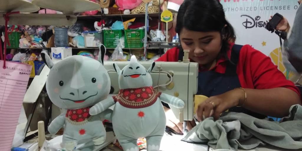 Boneka Maskot Asian Games. (Foto  medcom.id Daviq Umar) 8ed6a3b229