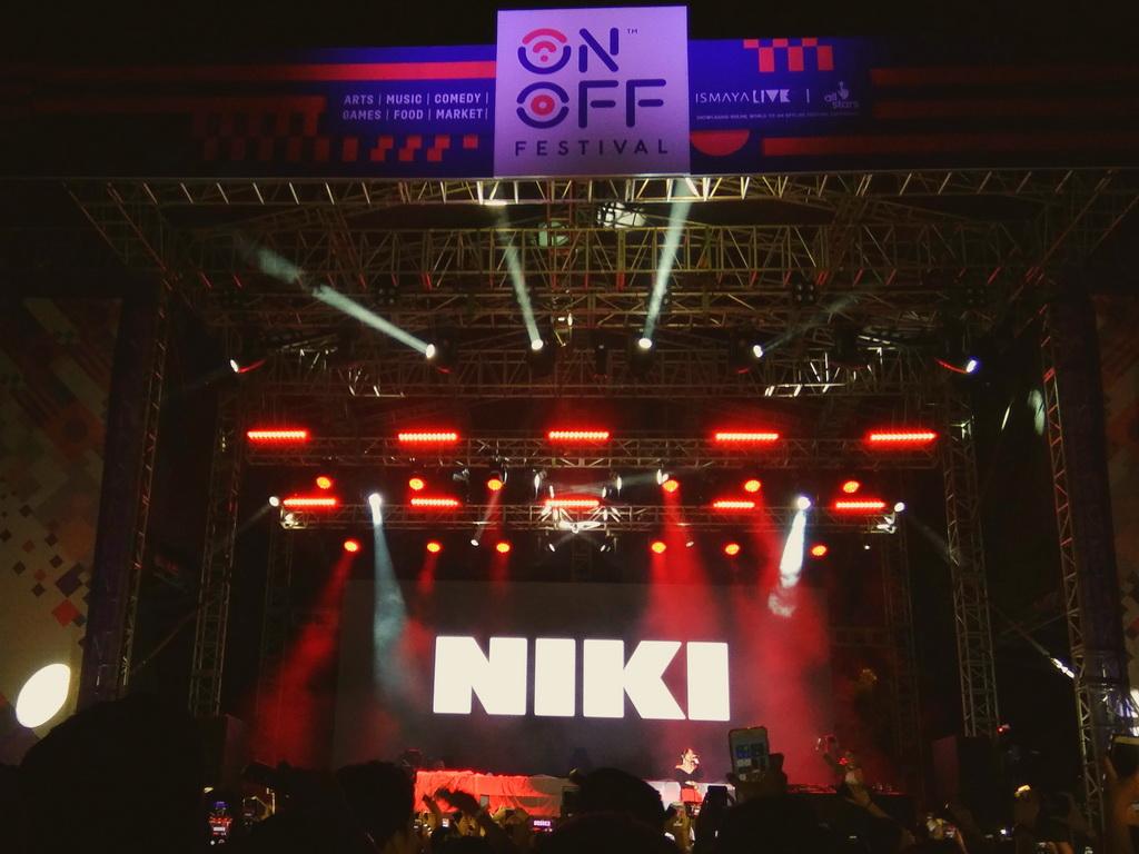 Niki 88rising di On Off Festival, Gandaria City, Jakarta, Sabtu, 11 Agustus 2018. (Foto: Medcom.id/Cecylia Rura)