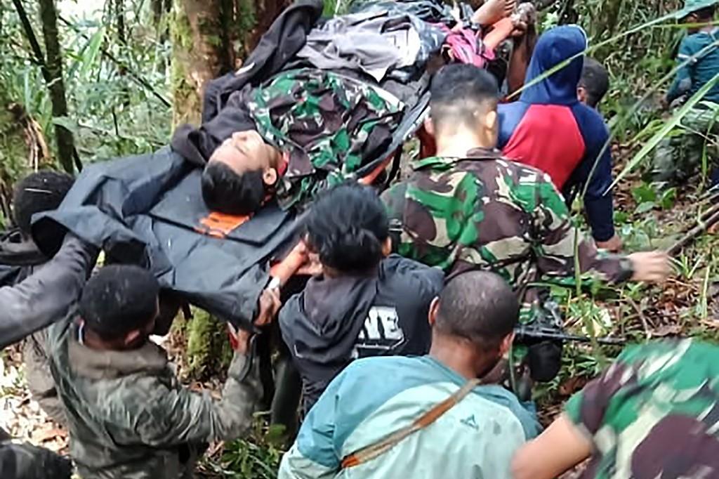 Pesawat Dimonim Air Ditemukan, Bocah 12 Tahun Selamat