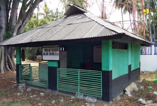 Rumah contoh di Desa Karang Bajo di Lombok Utara. yang dibangun