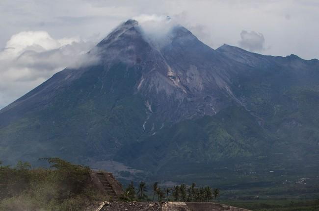 Gunung Merapi erupsi. Foto Antara