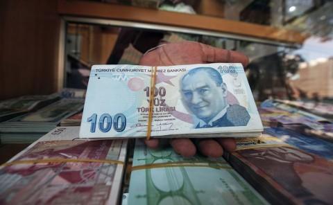 Lira Terus Merosot, Bursa Asia Guncang